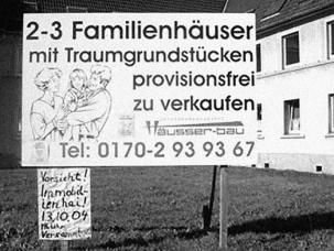 """""""Atenție! Rechini de imobiliare!"""" - S-au privatizat locuințe peste tot. Sursa: www.mvwit.de"""